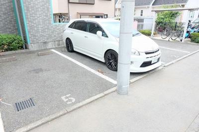 【駐車場】グリーンゲイブルズ