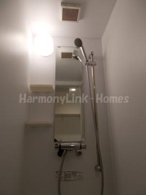 ハーモニーテラス三園Ⅱのすっきりとしたシャワールームです☆