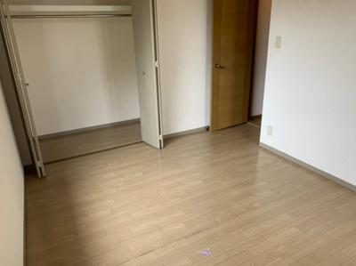【洋室】シャルマンF
