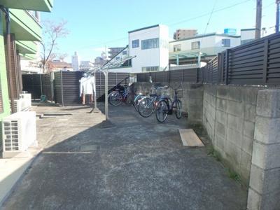 駐輪場 ※バイク不可
