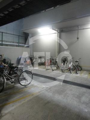 堂島アーバンライフ 屋内駐輪場