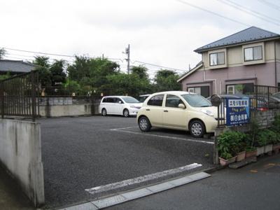 【外観】エモリ駐車場