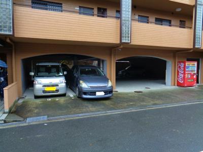 【駐車場】ロイヤルハイツ北田辺