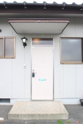 【玄関】清末千房2丁目H連棟貸家A