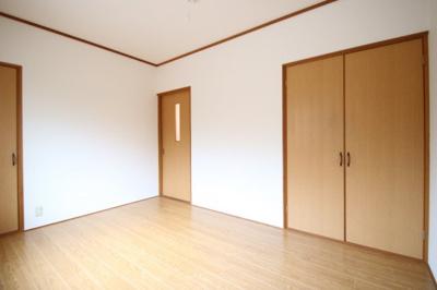 【洋室】清末千房2丁目H連棟貸家A