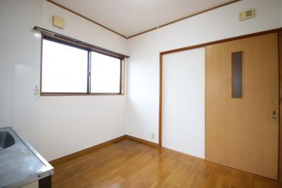 【キッチン】清末千房2丁目H連棟貸家A