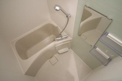 【浴室】リヴィアス難波エアリー