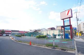 「スーパーサンコー平野店」まで徒歩9分(約720m)