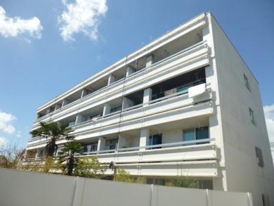 【現地写真】 総戸数15戸の大型マンションです♪