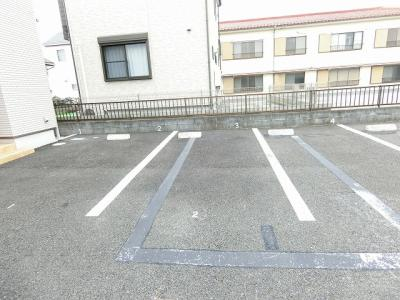 【駐車場】ファミール