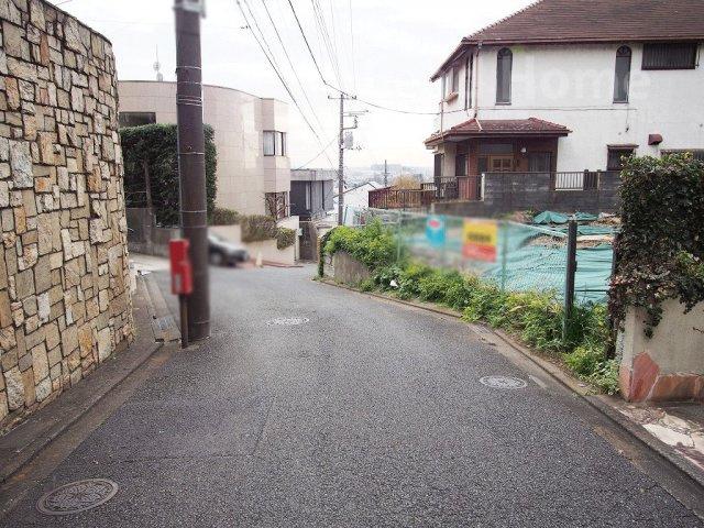 【前面道路含む現地写真】大田区田園調布4丁目の売地