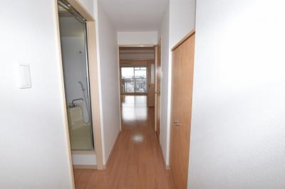 【玄関】レインボーコートパートⅢ
