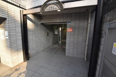 【エントランス】PURE SAKURA 松屋町