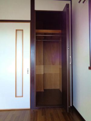 洋室6帖 クローゼット