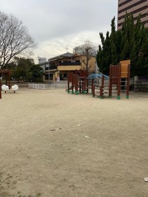 徒歩1分公園あり
