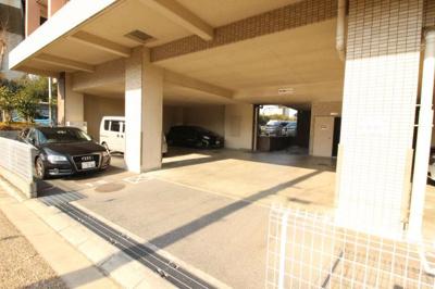 【駐車場】リバーサイド金岡 五番館