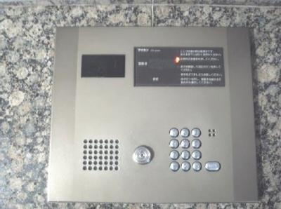 OLIO東長崎:オートロック付きマンション