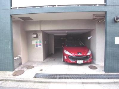 メインステージ巣鴨:駐車場