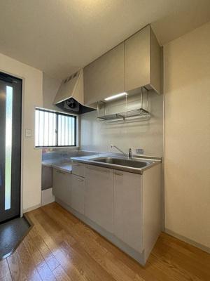 ガスコンロ設置可能のキッチンです☆ご自身でお好きなガスコンロをご用意いただけます!