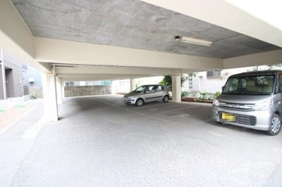 【駐車場】シャーメゾンサンピラーⅡ