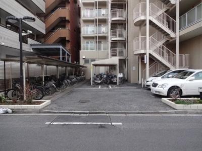藤和日暮里コープ 駐車場・駐輪場