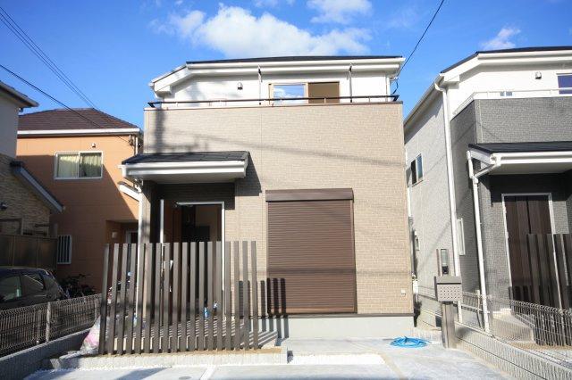同等仕様の外観施工例です 綺麗なサイディング仕上げの外観です  住宅性能表示適合住宅 フラット35s利用可能ですから安心ですね。