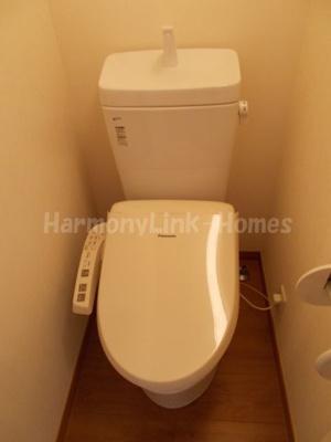 フェリスアロマの清潔感のあるトイレです