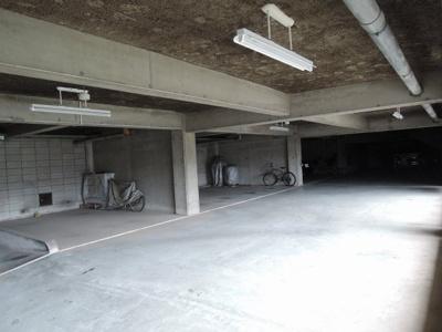 【駐車場】インペリアル東白楽ガーデンハウスB棟
