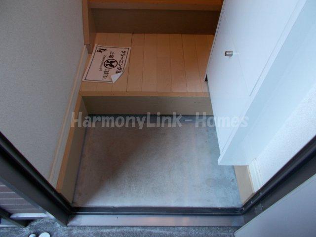 ソルフィー高島平のゆったりとした玄関です☆