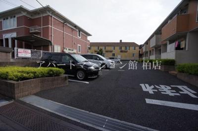 【駐車場】ドルチェ ヴィータE