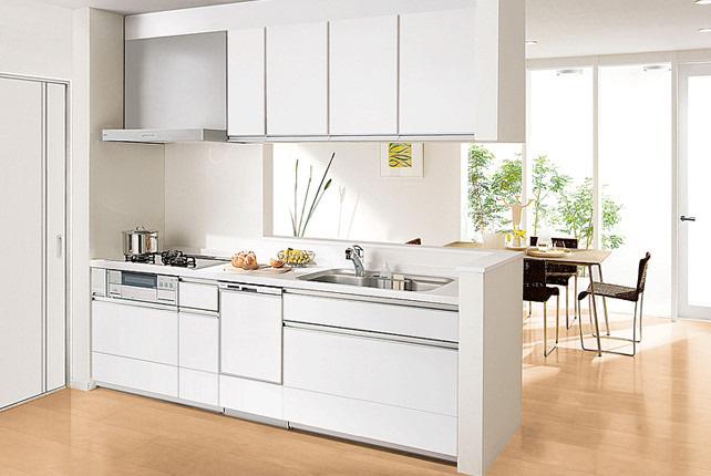 同仕様:キッチン施工プラン(プランにより実際とは異なります)パナソニックキッチン、ラクシーナで料理をもっとラクに、もっと楽しく♪奥様には嬉しい食器洗乾燥機付きです♪