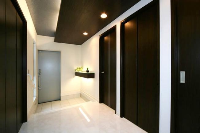 同仕様:玄関施工プラン(プランにより実際とは異なります)住まいの顔ともいえる玄関は、わが家らしい空間づくりを♪