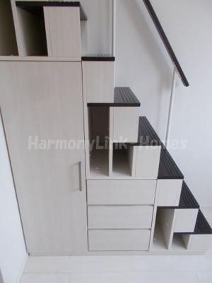 ハーモニーテラス赤羽西の収納付き階段☆