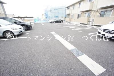 【駐車場】ブランシュール A棟
