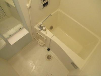 追い焚き付きのお風呂です