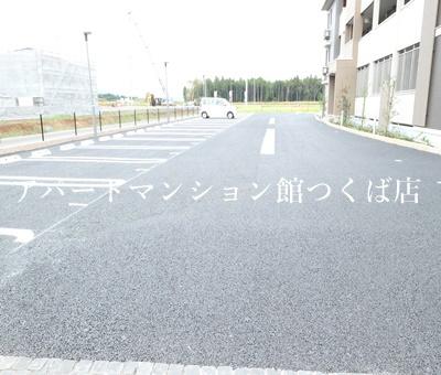 【駐車場】メテオール・スクエア