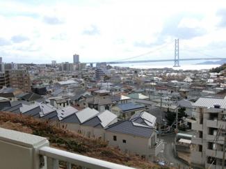 リビングからの眺望 がいいですね♪ 明石海峡大橋 淡路島 のどかな毎日♪