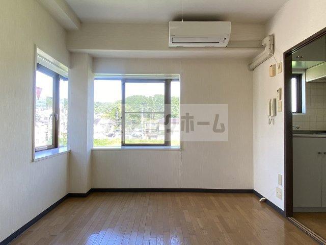 グリーンヒル103(柏原市高井田) キッチンに窓あり