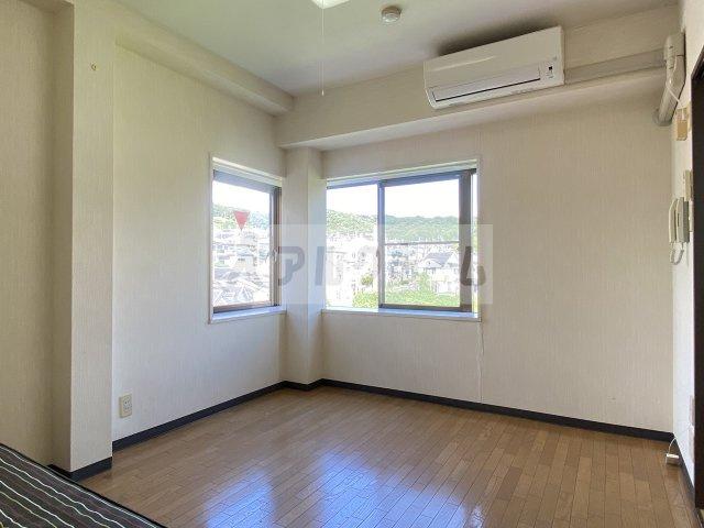 グリーンヒル103(柏原市高井田) 洋室