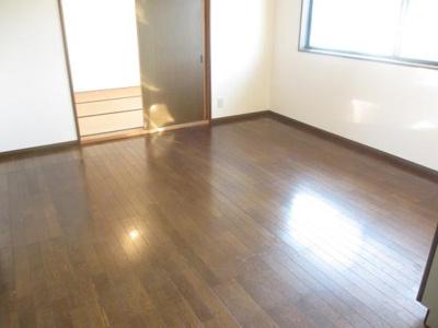 【居間・リビング】ルミエール二階堂