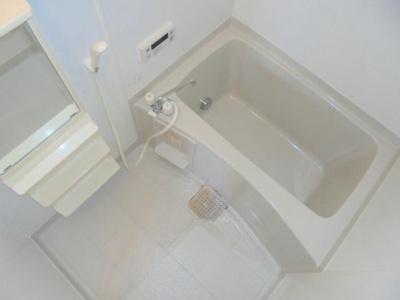 【浴室】モナーク・コート