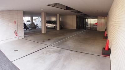 【駐車場】グラフティーマンションⅧ