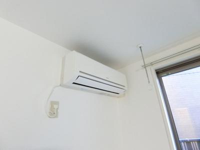バスルームの浴室暖房乾燥機で外に干せないお洗濯物もすっきり乾きます♪雨の日のお洗濯もバッチリ!※参考写真※