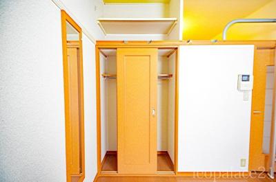 キッチンがフラットタイプなので、お料理やお掃除もラクラクです