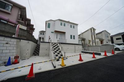 保土ヶ谷区宮田町2丁目 全3棟の新築分譲住宅、2号棟のご紹介です。