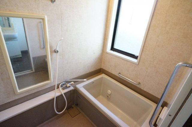 【浴室】関屋大川前貸家