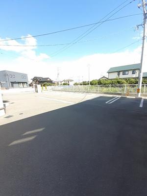 【駐車場】コーポM E