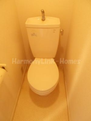 Sakura一番館の落ち着いた色調のトイレです(同一仕様写真)☆