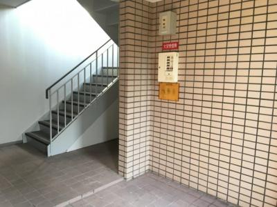 【エントランス】カルチェラタン石橋Ⅱ