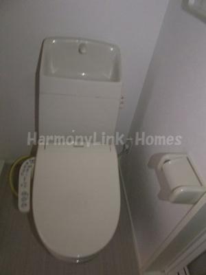 プラウド五反野のゆったりとした空間のトイレです☆